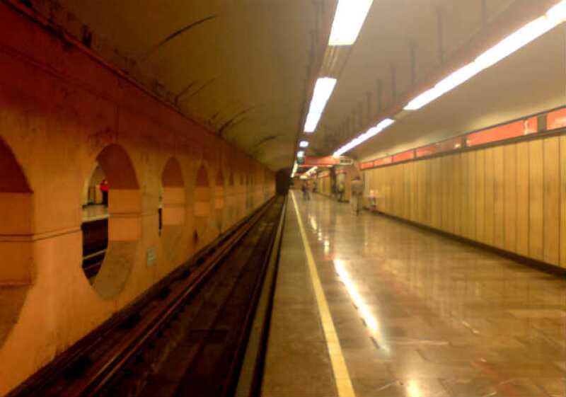 red metro