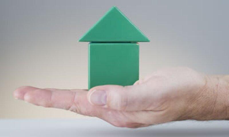 Las tasas hipotecarias han subido en las últimas semanas por preocupaciones de que la Fed disminuya su programa de estímulos. (Foto: Getty Images)