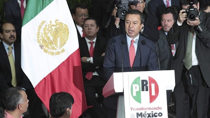 Cesar Camacho dirigente PRI