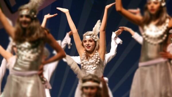 La hija mayor de Angélica Rivera ganó el primer lugar en el Concurso Intercolegial de Baile y la orgullosa mamá compartió ese momento con sus seguidores de Facebook.