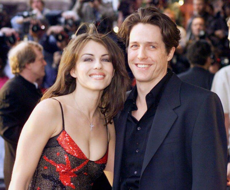 Hugh Grant levantó polémica al ser demandado por contratar prostitutas, algo muy parecido a su papel en la segunda parte de Bridget Jones.