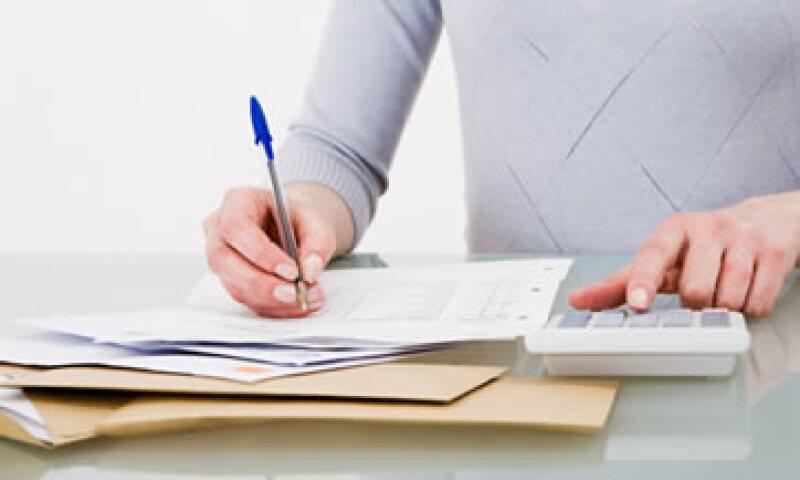 El SAT dijo que los negocios que no demuestren que han emitido estas facturas, podrían enfrentar hasta sanciones penales.  (Foto: Getty Images)