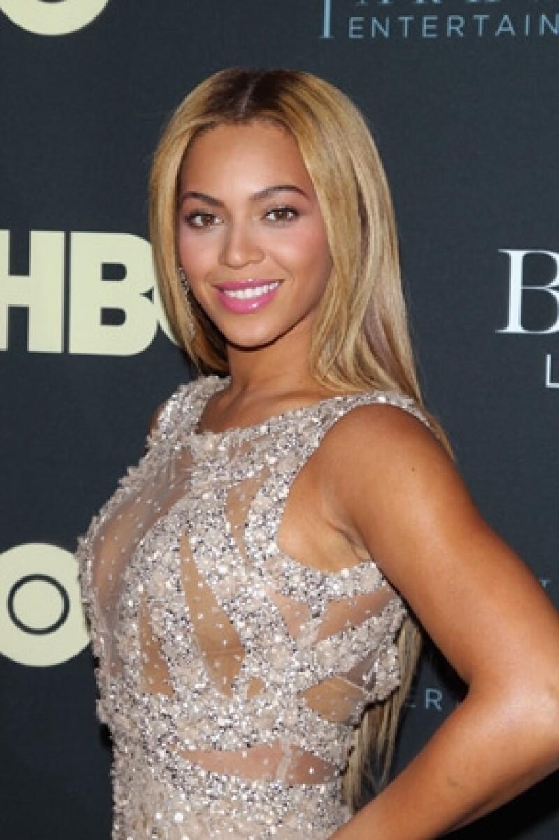 A pesar de no confirmar o negar un embarazo, muchos medios aseguran que la cantante espera su segundo hijo.