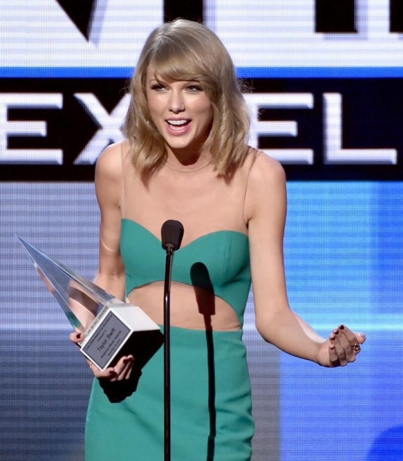 La entrega de premios reunió a los mejores performances del año. &#39One Direction&#39 e Iggy Azalea fueron los más premiados de la noche.