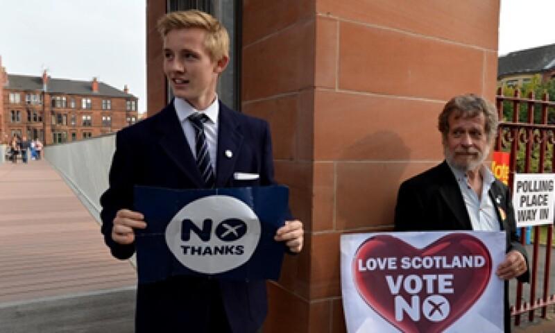 Los escoceses podrían tener que pagar más para cambiar sus pasaportes. (Foto: Getty Images)