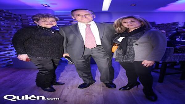 Reyna Kably,Alejandro Oliveos,Bertha Avena