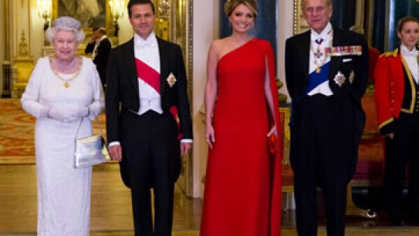 La fortuna de la Reina Isabell está valuada en 330 millones de libras. (Foto: Reuters)
