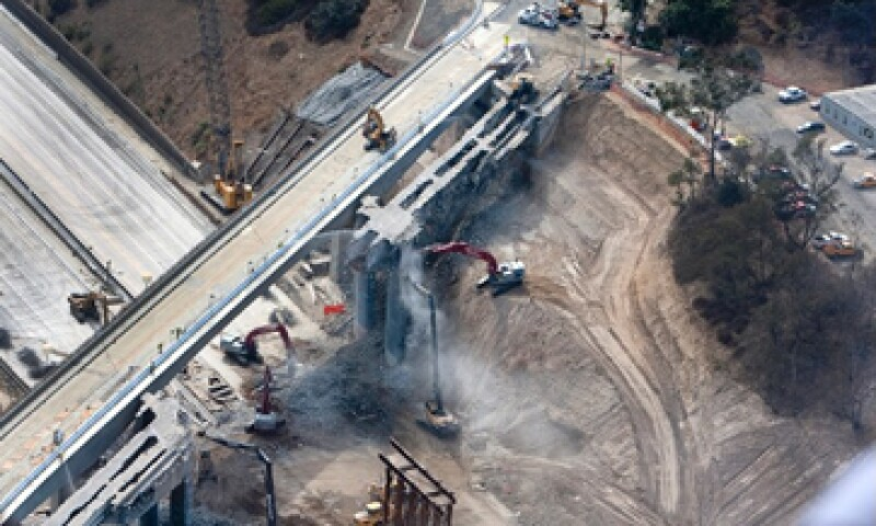 La SCT también busca disminuir la informalidad en el sector de la construcción. (Foto: Getty Images)