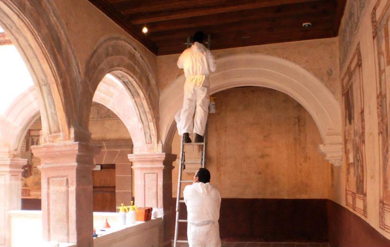 INAH contra murci�lagos en edificios hist�ricos