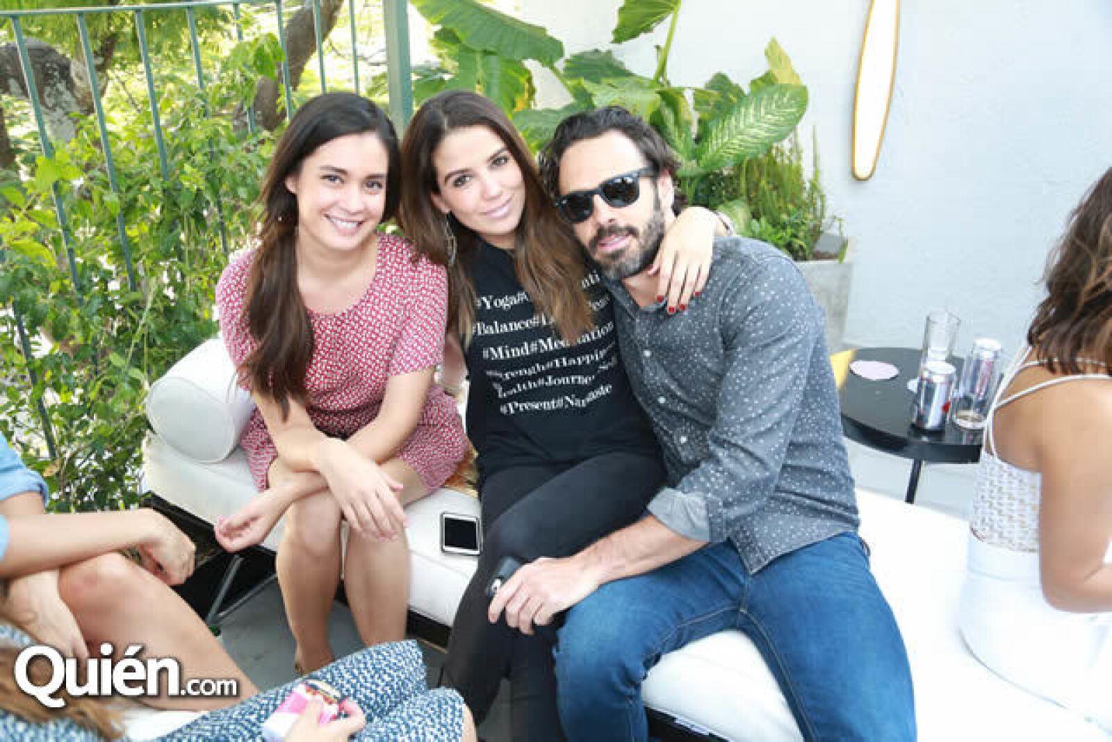 Ana Georgina Barba,Lolo González y Pepe Díaz