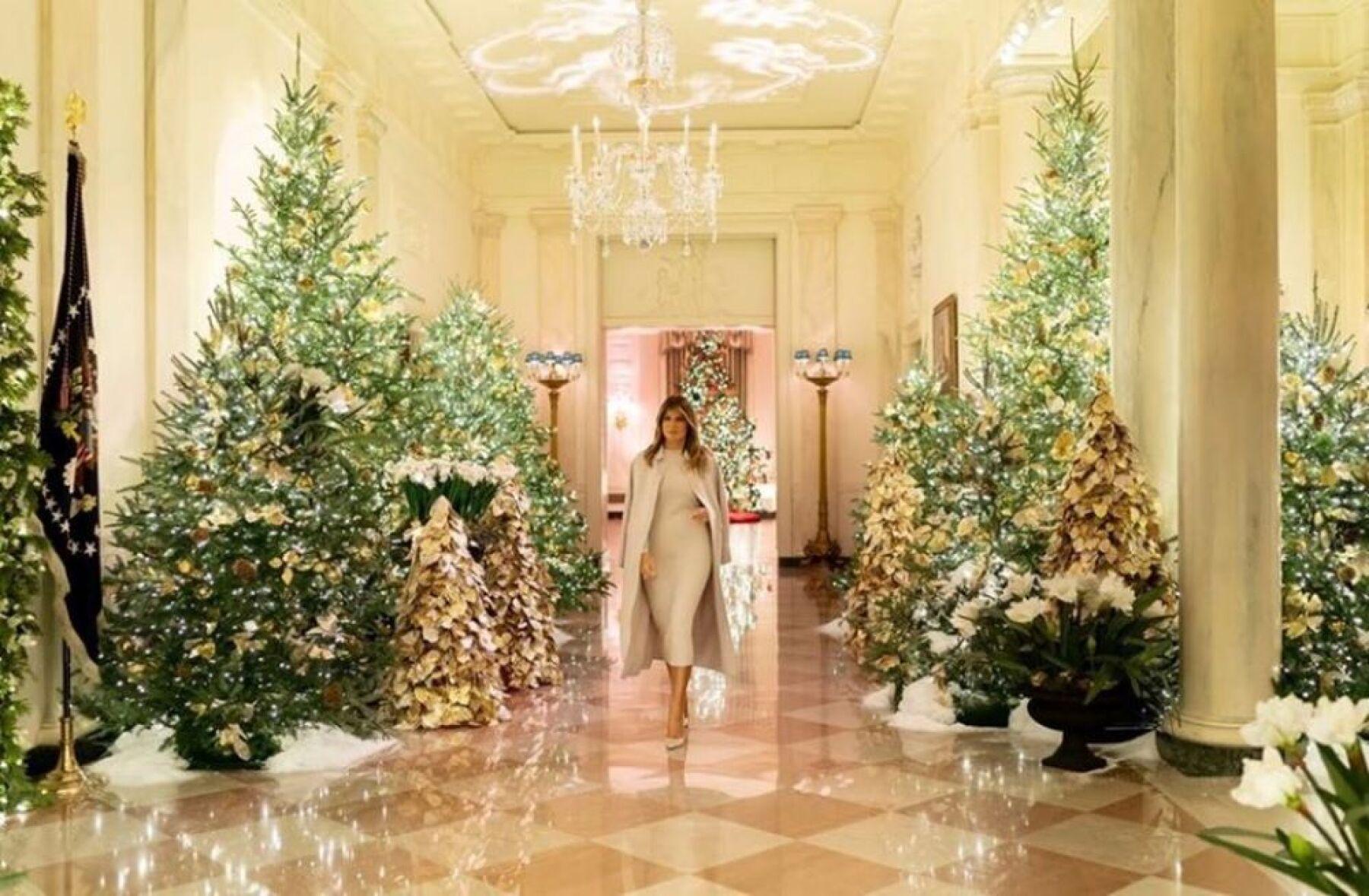 Melania Trump en Navidad 2019.jpg