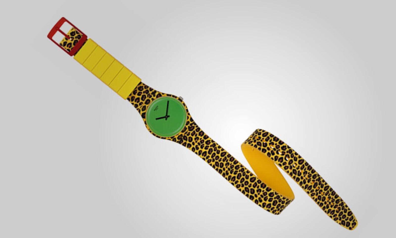Sólo existen 777 ediciones de cada uno de estos relojes y cada pieza numerada en el parte posterior de la carátula.
