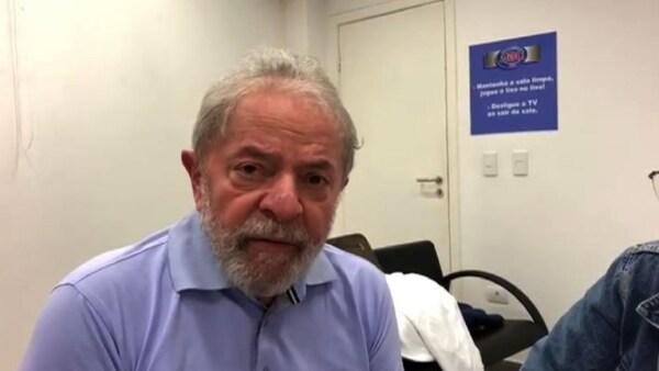 """""""Estoy muy bien con mi conciencia"""", dice Lula en un mensaje desde prisión"""