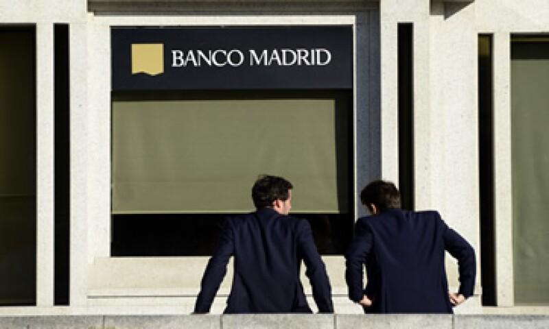 El 13 de marzo la agencias S&P y Fitch bajaron la nota de Andorra. (Foto: AFP )