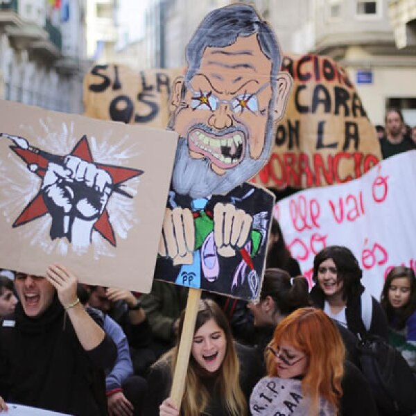 Sindicatos de trabajadores protestan en España, Portugal, Italia, Bélgica, Grecia, Dinamarca y Alemania ante las medidas de austeridad.