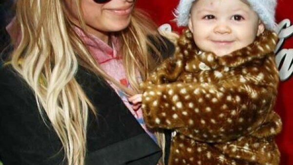 Alejada de la imagen frívola que presentó en televisión, Nicole Richie ha cambiado su actitud y su vida con la llegada de su bebe Harlow Madden.