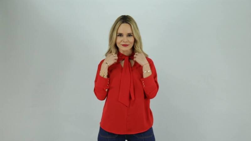 La fashion blogger, Cassandra de la Vega, nos enseña tres excelentes maneras de usar el color rojo en outifts casuales para que te veas súper sexy y muy segura de ti misma.