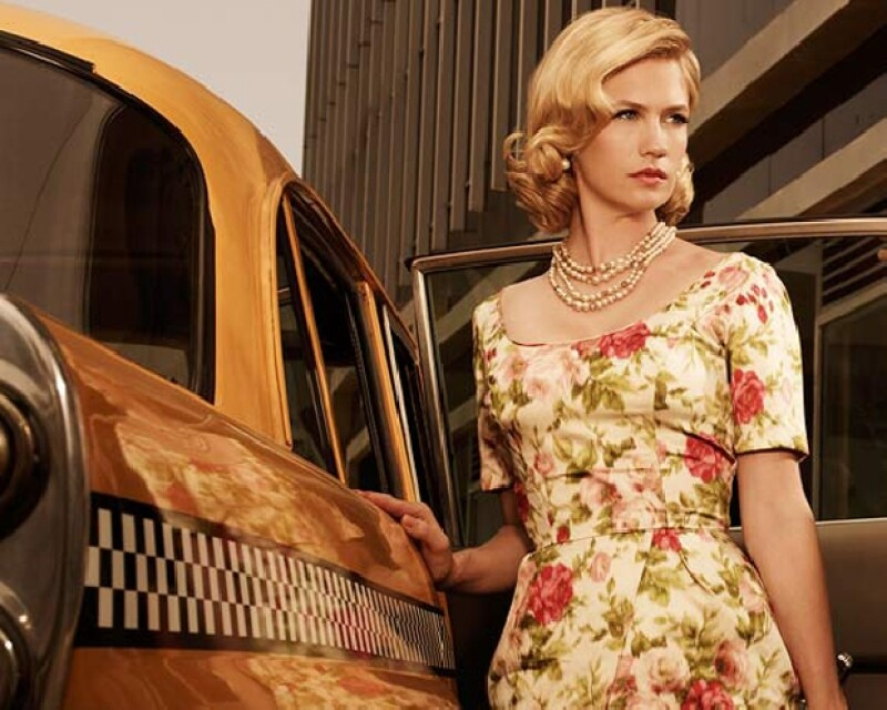 January Jones como Betty Draper