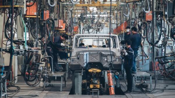 Automobile factory welding assemble line