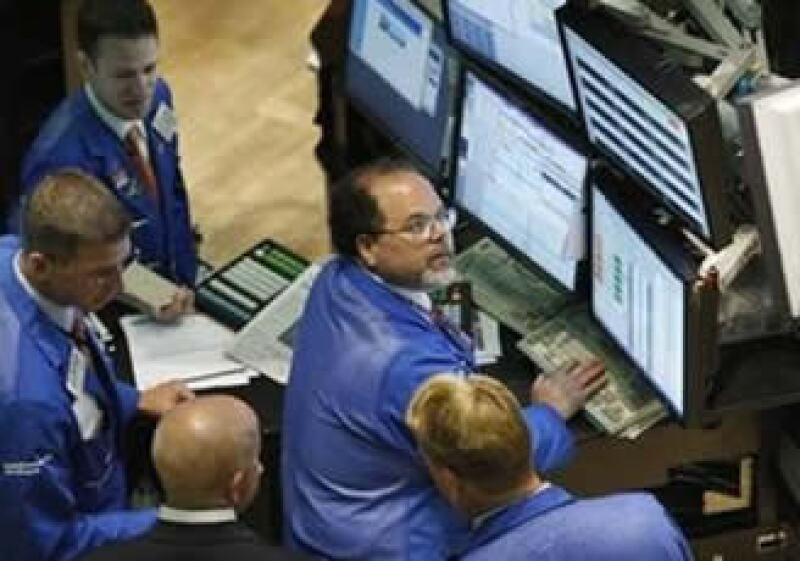 Las Bolsas de EU mantienen su tendencia positiva. (Foto: Reuters)