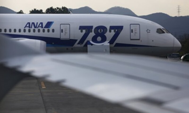 La aerolínea All Nippon Airways dijo que cambió 10 veces las baterías de los aviones porque no se cargaban completamente.  (Foto: Reuters)