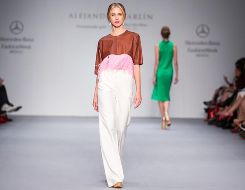 Los diseños de Alejandro Carlin son ideales para una fiesta más formal.