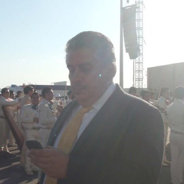 Acosta Naranjo acude a ceremonia de bienvenida al papa