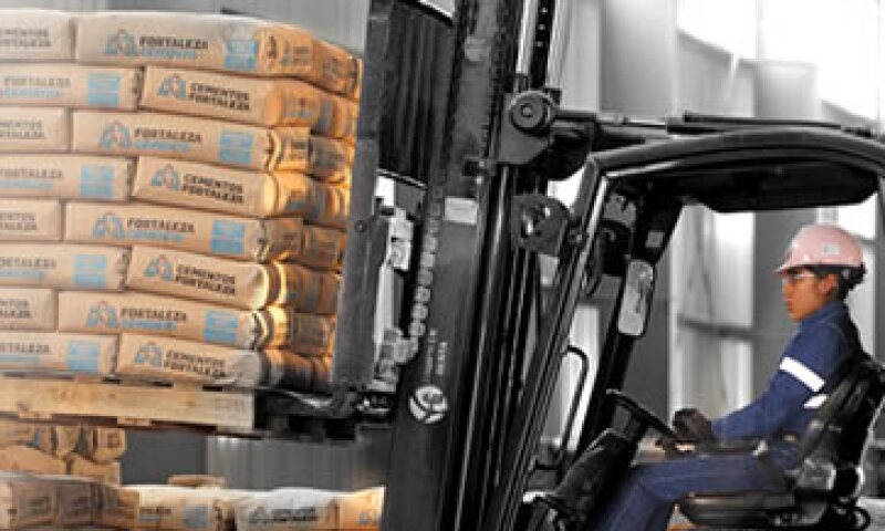 La compañía ya comenzó con su expansión en algunos de sus negocios, como el cemento, dijo Fernando Ruiz. (Foto: Especial )