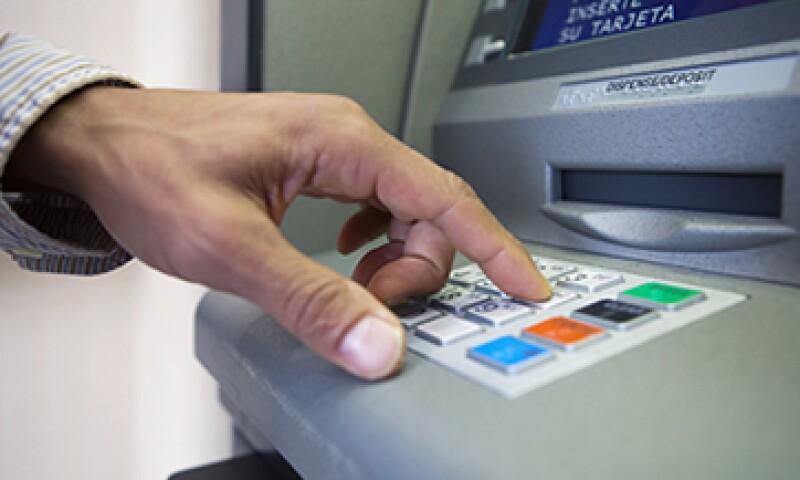 Las disposiciones establecen indicaciones para garantizar la continuidad de las operaciones críticas de los bancos. (Foto: Getty Images)