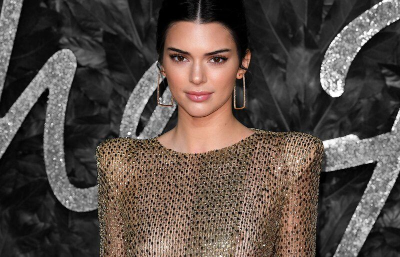 Kendall-Jenner-Fashion-Awards,-Kendall-Jenner-fue-a-cenar-a-McDonald's