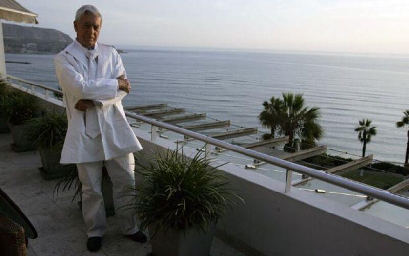 El reconocido escritor peruano participa en una campaña por la conservación del medio ambiente en el mundo.