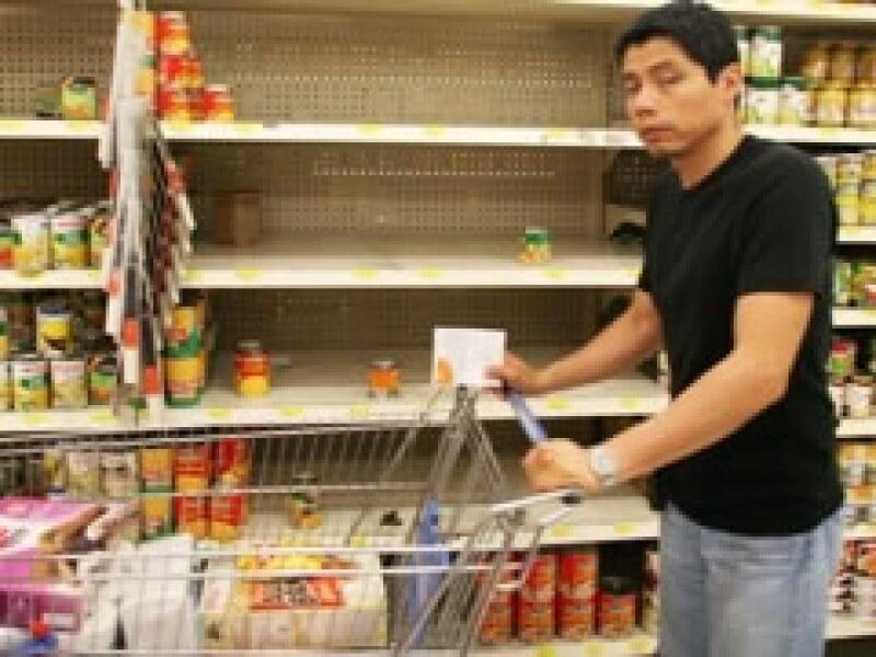 Los autoservicios registraron ventas fuera de lo normal durante la alerta sanitaria. (Foto: Notimex)