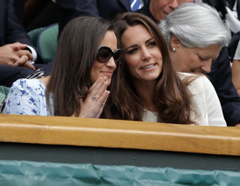 Pese a los compromisos que su título de princesa le otorga, la esposa del Príncipe Guillermo se dio tiempo para estar con su hermana y pasar un rato agradable.