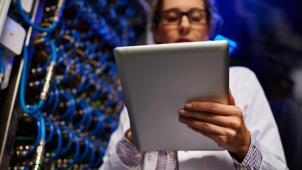 La industria tecnológica ha mejorado algo en su inclusión de las mujeres, sin embargo, aún hay un largo camino por recorrer.