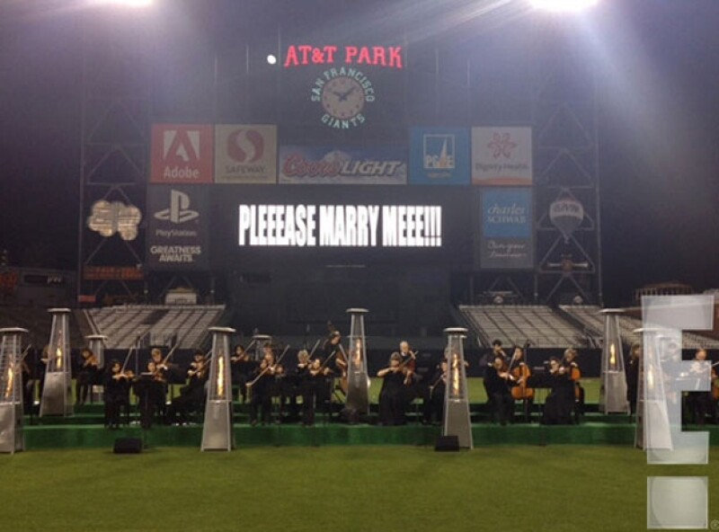 El marco perfecto fue el estadio AT&T Park de San Francisco.