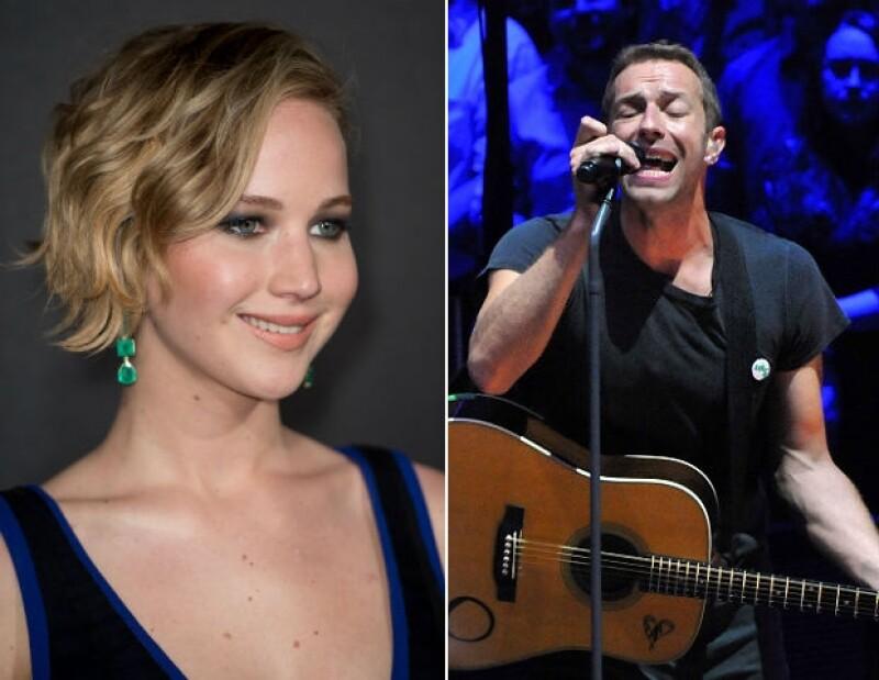 Después de ser filtradas sus fotos íntimas, la actriz decidió relajarse en el show que Coldplay ofreció en Los Angeles, donde cantó cada uno de los temas.