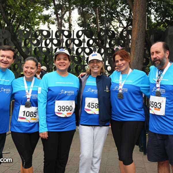 José María Zas,Mara Yañez,Sonya Santos,Marie Thérèse Arango,María Esther Villar y Walter Boelsterly