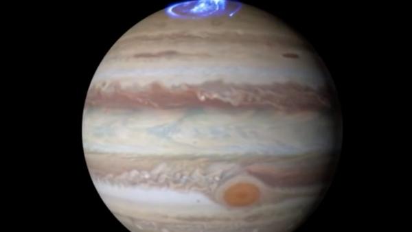 La sonda Juno arroja más datos sobre la causa de las auroras de Júpiter