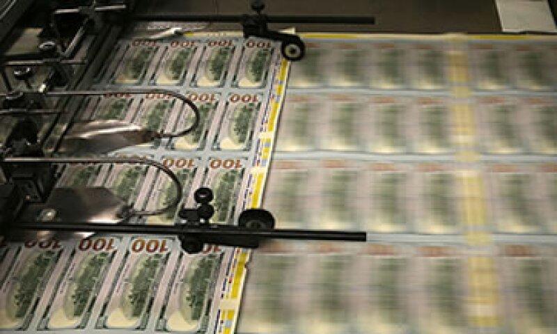Si el Congreso no eleva el techo de deuda, podría haber perturbaciones en los mercados financieros, una pérdida de confianza en el dólar y los bonos del Tesoro y recortes al gasto público. (Foto: Cortesía CNNMoney)
