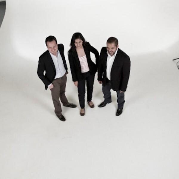 Los fundadores de Inventive Power, Ángel Mejía, Nydia Godoy y Aldo Agráz, están contentos de participar en el proceso de Emprendedores 2014.