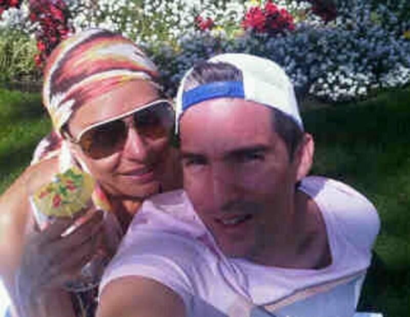 Galiela Montijo y Fernando Reina lucen muy contentos en su luna de miel.