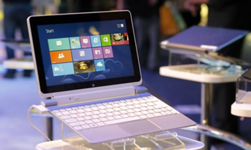El sistema operativo da prioridad a los controles al tacto en la pantalla. (Foto: AP)
