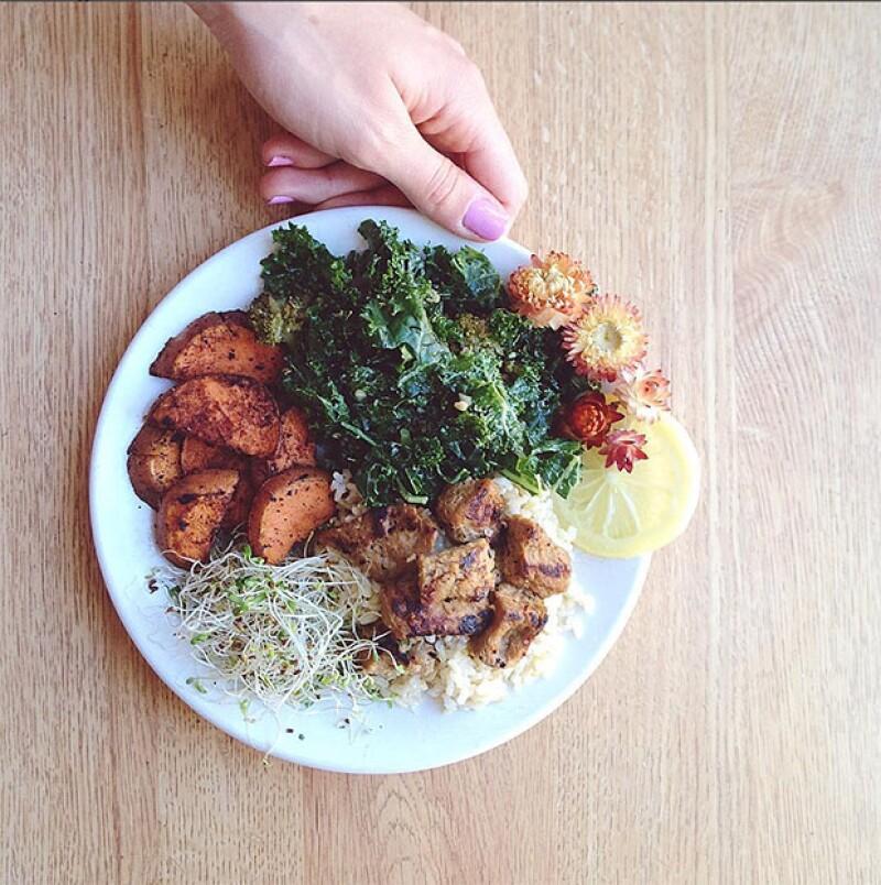 Todos los días vemos diferentes tipos verduras, pero muchos de nosotros no sabemos los beneficios que nos aportan. Aquí te contamos de seis beneficios que recibirás de la col rizada.