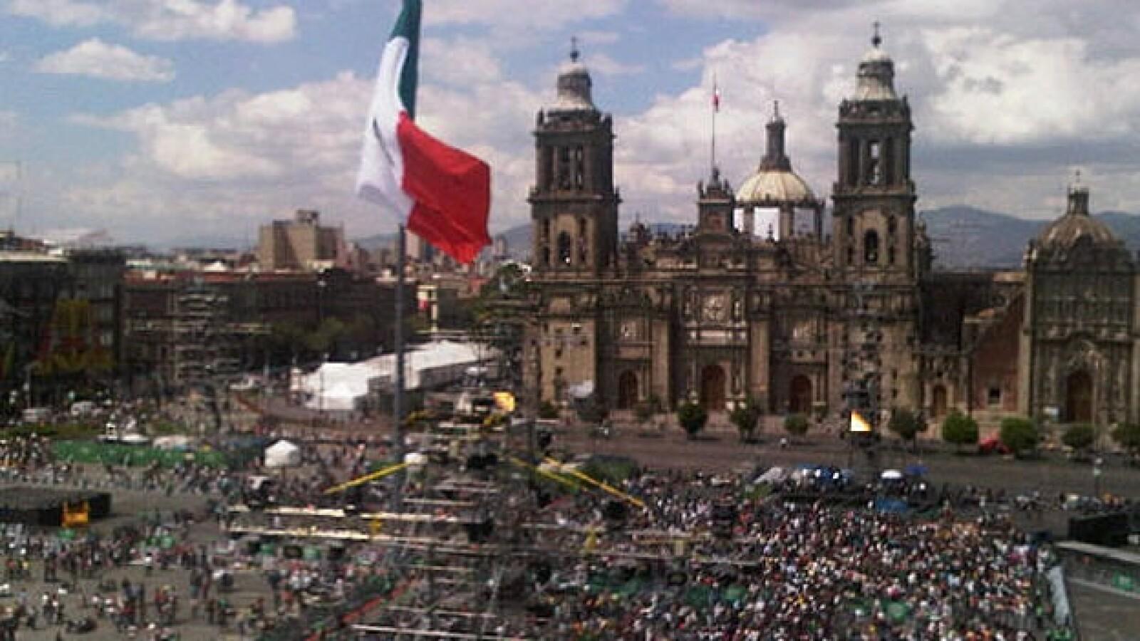 zocalo bicentenario catedral bicentenario