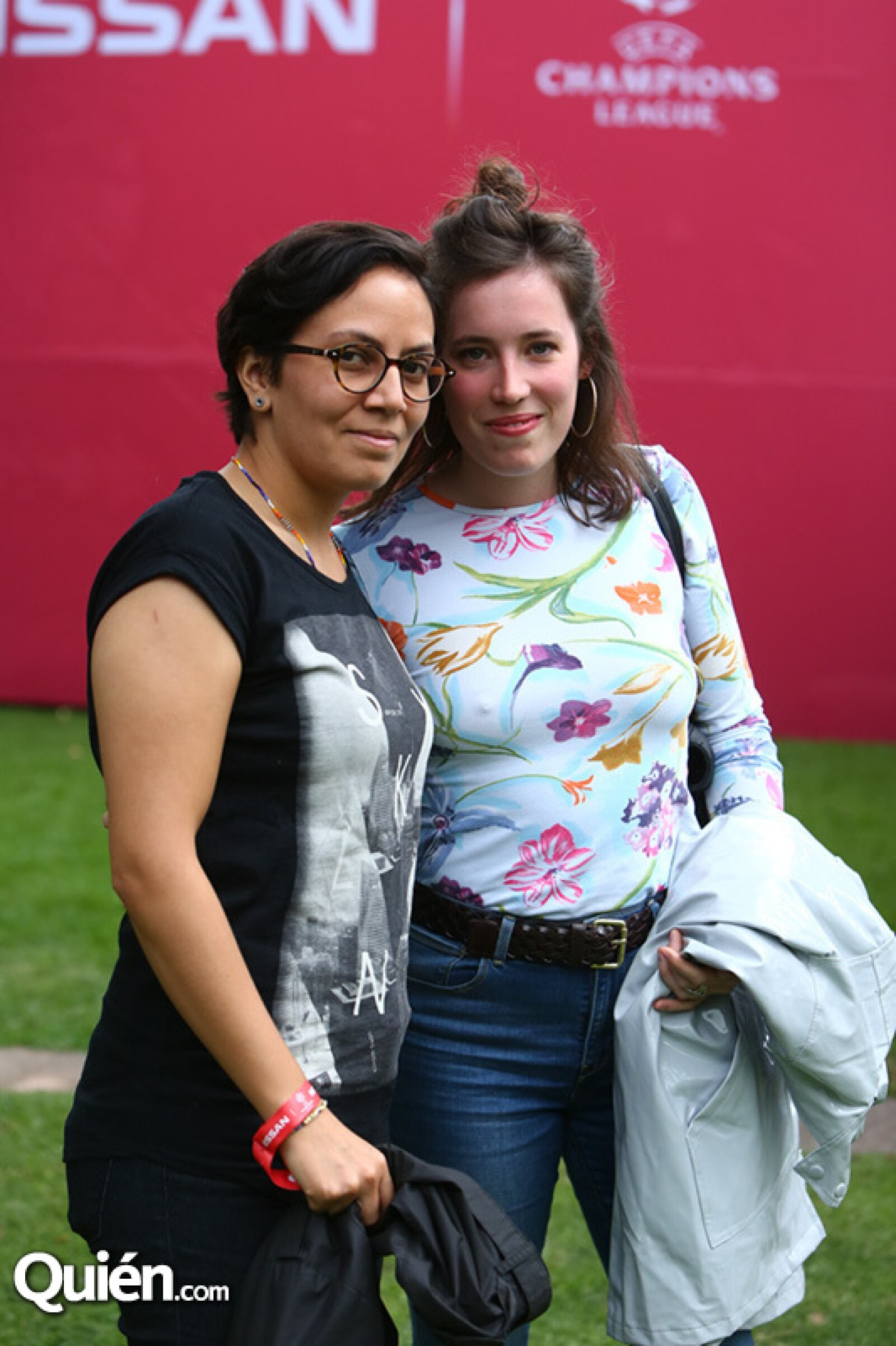 Daniela Medina y Julliette Cheanne
