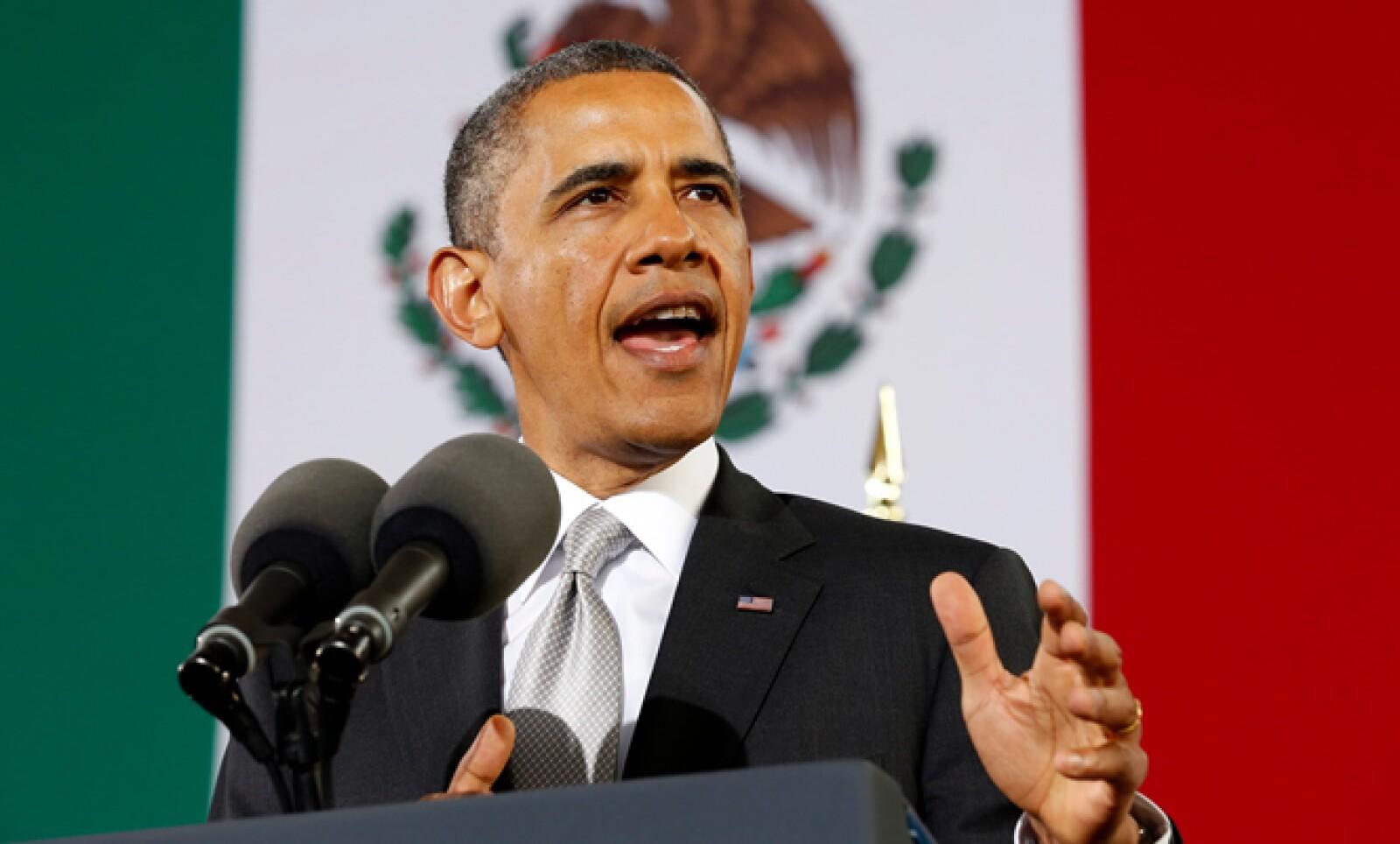 Barack Obama reconoció que las armas usadas para cometer crímenes en México vienen de su país, por lo que prometió trabajar para que se aprueben reformas que mantengan alejadas las armas de personas peligrosas.