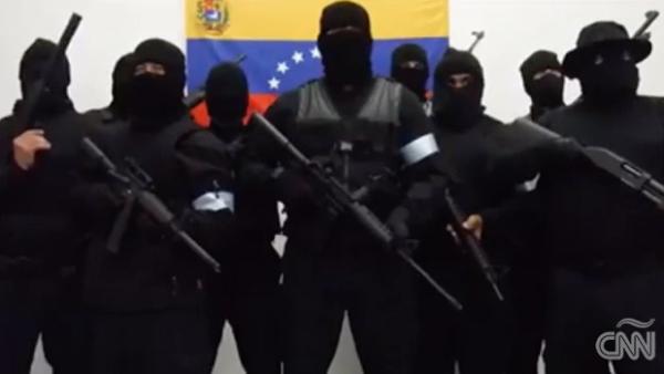 Grupo armado anuncia que luchará por la democracia en Venezuela