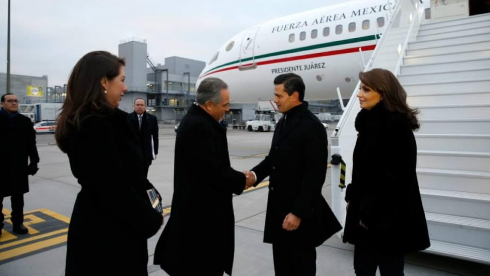 Enrique Pena Nieto y Angelica Rivera llegan al Foro Economico Mundial en Davos Suiza