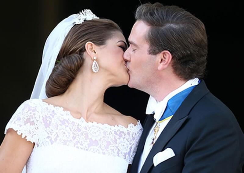 El beso con el que se sello su propia historia de amor.