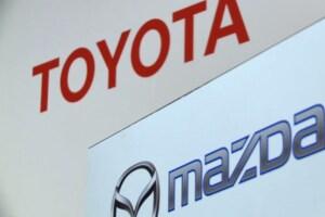 Toyota y Mazda refuerzan sus vínculos y construirán una fábrica en EU